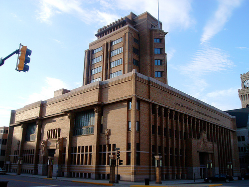 Though sioux city was made the county seat in 1858 the first