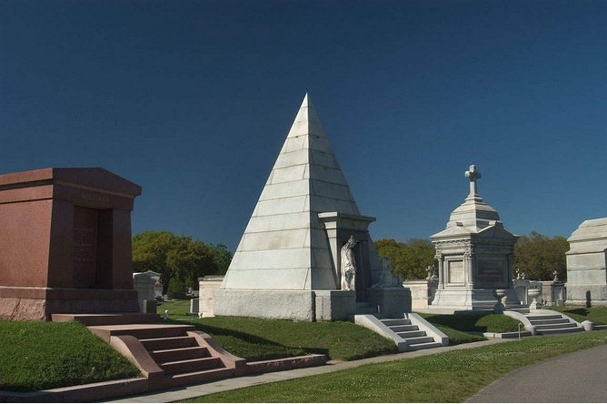 Metairie cemetery new orleans louisiana for Metairie architects