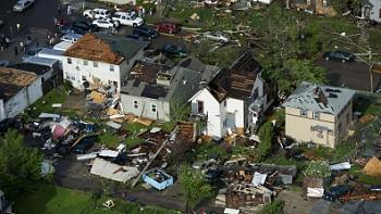 Reuters 90 Dead in Joplin Missouri After Deadliest American Tornado in 60 Years-minnesota-tornadoes_norm-10-.jpg