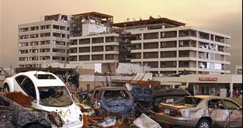 Reuters 90 Dead in Joplin Missouri After Deadliest American Tornado in 60 Years-249.jpg