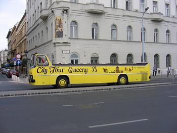 Sarah Palin launches bus tour-city_tour_bus_budapest_084.jpg