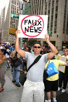 """14 Propaganda Techniques Fox """"News"""" Uses-faux_news4.jpg"""
