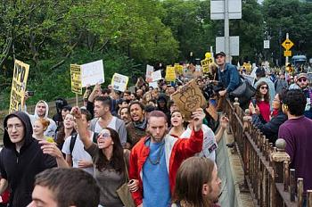 Occupy Wall Street Protests-occupy-wall-street-green-bridge.jpg