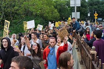 Occupy Wall Street Protests-occupy-wall-street-green-bridge.jpg