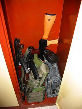 Ban Armed Nutcases-ak47s2.jpg