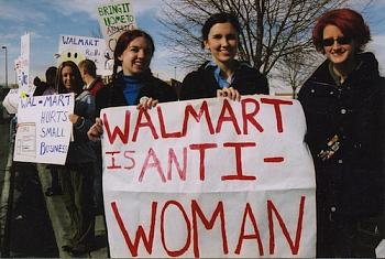 Wal-Mart to argue sex-bias case-wal-mart_protest_in_utah2.jpg