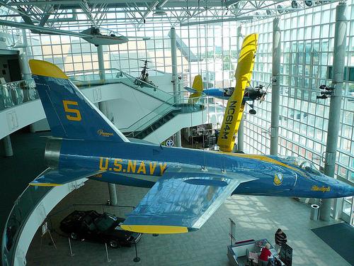 Garden New York Cradle Of Aviation Museum Photo Picture