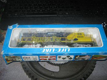 old toy trains-img_1645.jpg