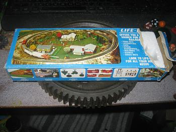 old toy trains-img_1646.jpg