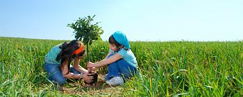 Plant a tree for Earthday-kids-planting-tree-header.jpg
