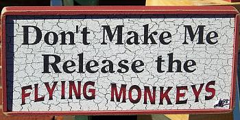 "Virtual pub ""With a little help from my friends""-flying-monkeys.jpg"
