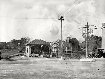 Gas Stations of the past-fwfwgass2.jpg