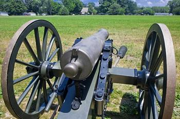 FATHER's DAY . . .what ya get?-antique-cannon-us-civil-war-confederate-artillery.jpg