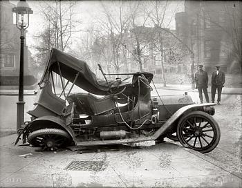 What ticks you off on a regular basis-car-wreck-massachusetts-avenue-21st-street-n.w.-washington.jpg