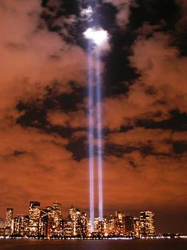 Avenged!-new-york-city-twin-towers-lights-sister72.jpg