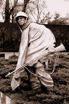 The Forgotten War-korean-war-veterans-memorial-photo_1270948-770tall.jpg