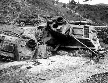 The Forgotten War-napalm-anti-personnel.jpg