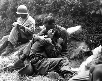 The Forgotten War-koreanwarfallensoldier1.jpg