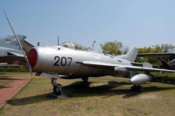 The Forgotten War-war-memorial-museum-2011-004.jpg