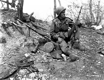 The Forgotten War-korean_war_h10.jpg
