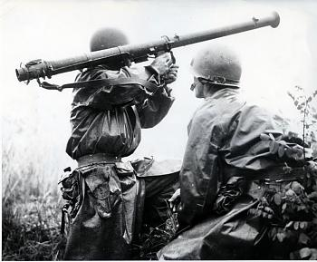 The Forgotten War-hold_the_line.jpg