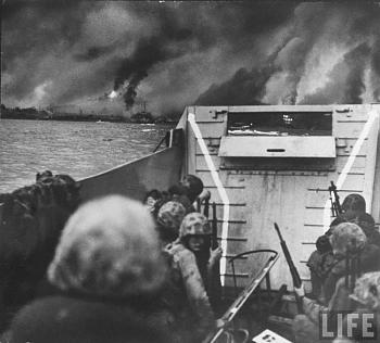 The Forgotten War-hist_us_20_war_pic_landing_inchon_korea_1950.jpg