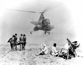 The Forgotten War-h-5g-fitted-two-stretchers.jpg