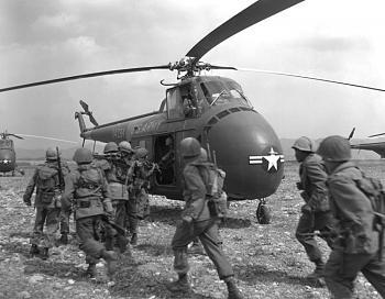 The Forgotten War-korean_war_ha-sn-98-07085.jpg