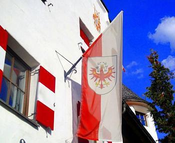 Happy new year!-tirol-flag.jpg