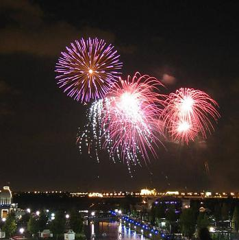random pictures from your camera-montreal-fireworks-warontomato.jpg