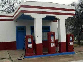 Gas Stations of the past-image004.jpg