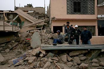 tsunami/quakes-earthquake-other.jpg