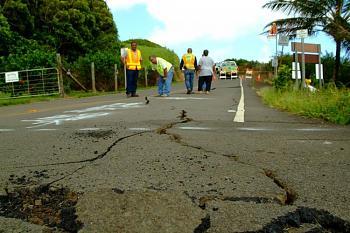 tsunami/quakes-hawaii-earthquake-2006-2.jpg