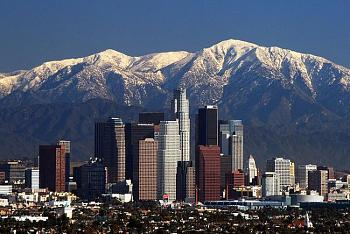 A Night Out on CityProfile - Photo Contest-la_skyline_mountains2.jpg