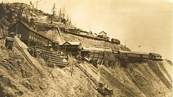 Quartzville gold-mammoth-mine_sm.jpg