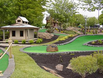 What's your favorite outdoor recreation-miniature_golf6.jpg