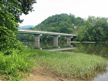 "Does anyone ""FISH""......was my favorite recreation......here's some Virginia Fishing!-route-60-bridge-across-greenbrier-river-caldwell-wv.jpg"