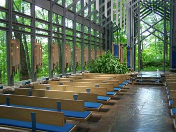 Falling Water-thorncrown-chapel-1980sm.jpg