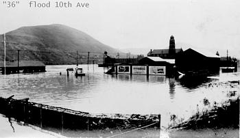 Who flooded Johnstown PA?-36-flood-10th-ave-ccity.jpg
