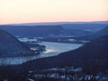 Who flooded Johnstown PA?-susquehanna-winter3.jpg