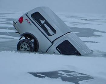 The Google Free Picture Thread-truck-ice-fishing.jpg
