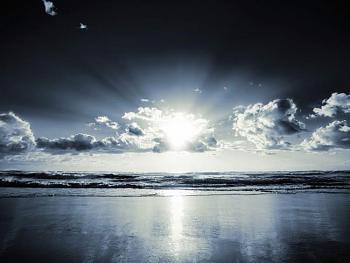 Clouds-01356_crepuscule_1600x1200.jpg