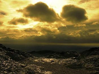 Clouds-01442_afternuclearwar_1600x1200.jpg