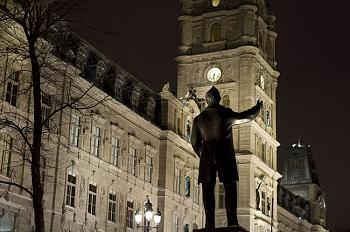 State capitol buildings-quebec-parliament-night.jpg