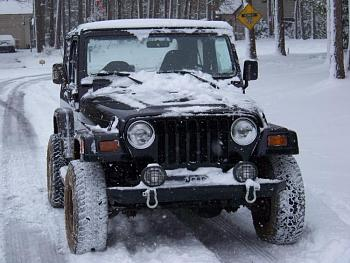 A lot of People on Here seem to have 4x4's. Post pictures of your Jeep/SUV/Truck-101_3782.jpg