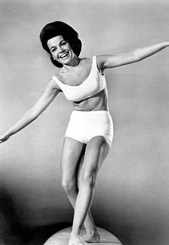 Why U.S. is not a Christian nation-061110-annette-funicello-400.jpg