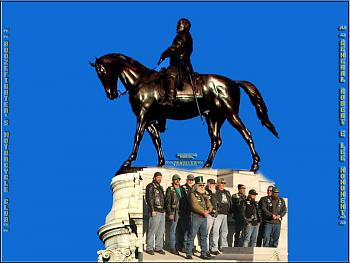 Cool places to see in Richmond-boozefighters-general-robert-e.-lee-monument-.jpg
