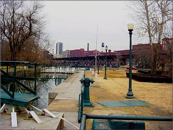 Cool places to see in Richmond-great-ships-locks-james-river-kanawha-canal-tobacco-row-background.jpg