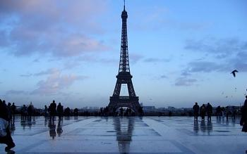 Most Iconic Building-toureiffel_1920x1200.jpg