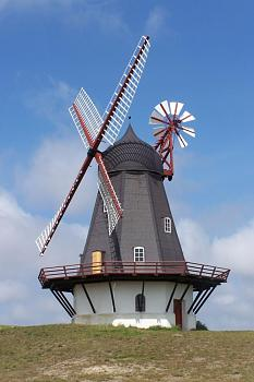 Most Iconic Building-dk_fanoe_windmill01.jpg